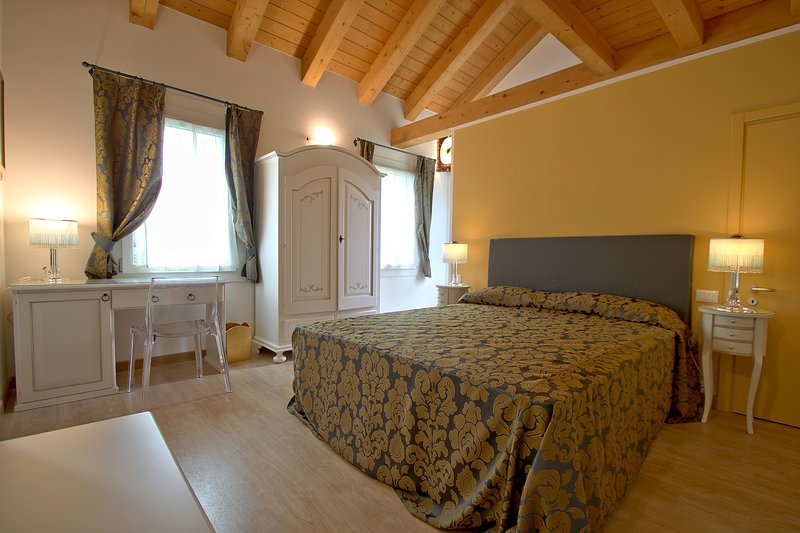 CADIFIORE-B&B11, holiday rental in Oriago di Mira