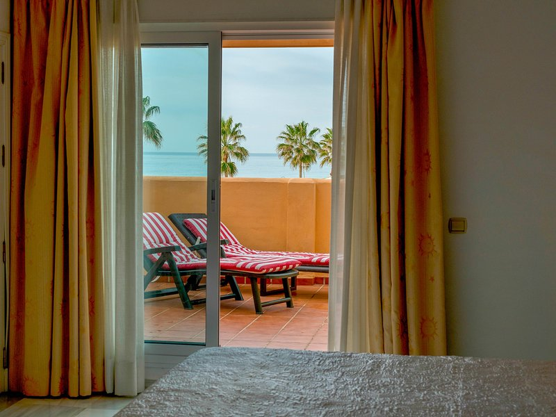 IMMACULATE HOUSE - Sea Views, vacation rental in Benamara