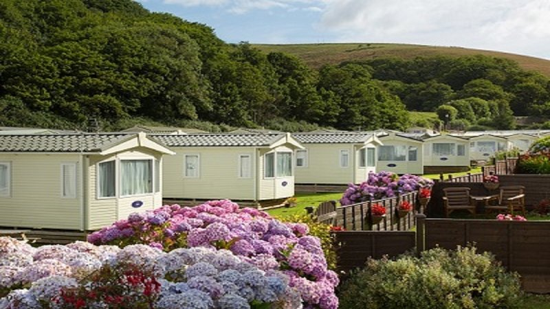 Bovisand Lodge Holiday Park - view of caravans