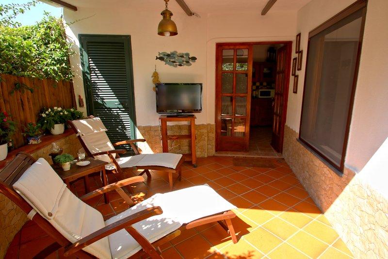 LACCO LODGING • ISCHIA Lacco Ameno Cottage, 4pax, patio, BBQ, aluguéis de temporada em Lacco Ameno