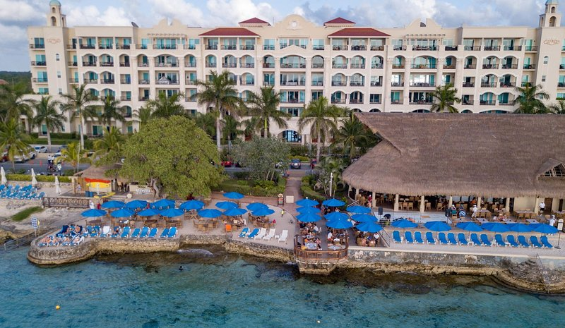 The Landmark Resort of Cozumel - Money Bar Beach Club
