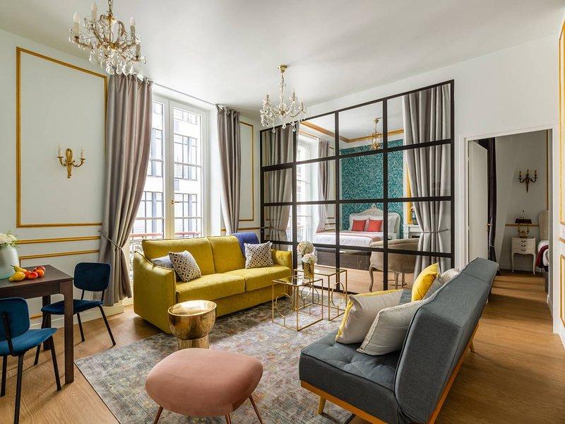 Luxury 2 Bedroom 2 Bathroom Apartment Louvre Updated