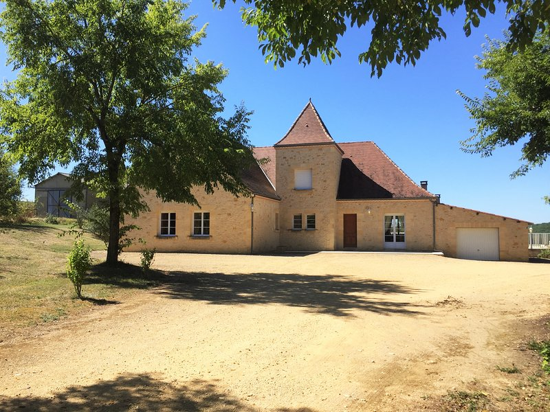 Villa Bousquet, vacation rental in Berbiguieres