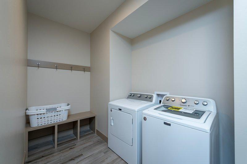 Lavadora y secadora de nivel principal