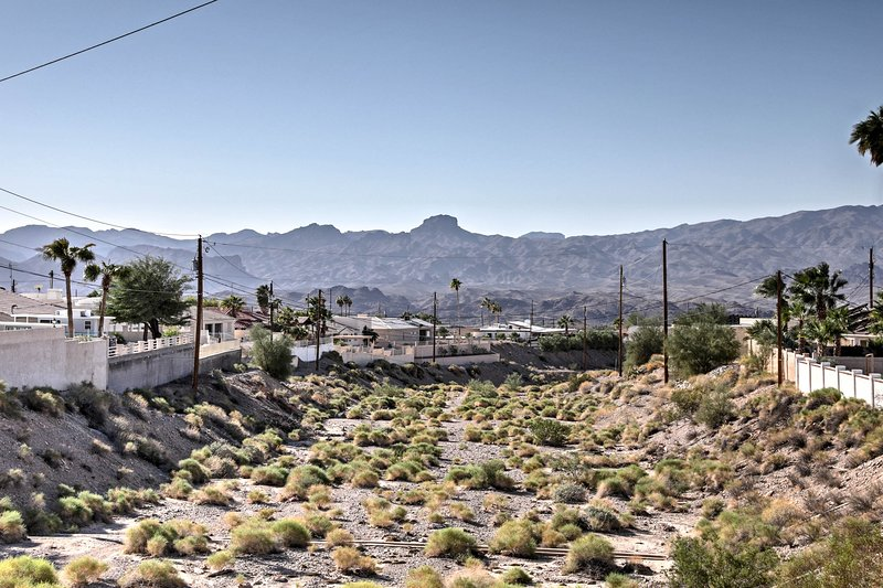 These mountain views are sure to be a highlight of your Lake Havasu getaway!