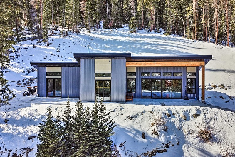 'Four Voices' Home: Mtn Views, 15 Mi to Breck!, holiday rental in Alma