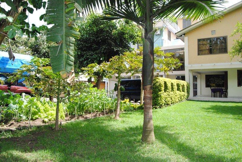 Runako Lodge - Double Bedroom 7, aluguéis de temporada em Arusha (região)