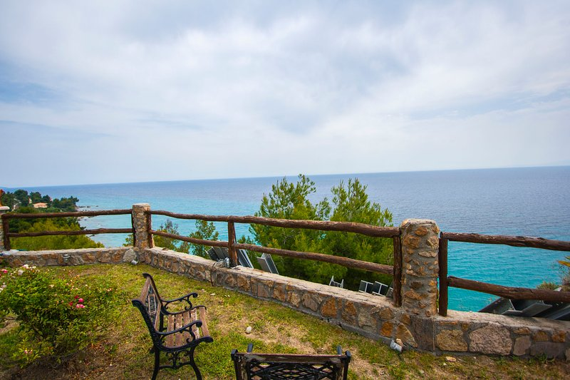 Andy's Place Amazing Sea View Villa, Posidi, holiday rental in Fourka