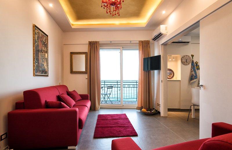 A due passi - Luxury Apartment, casa vacanza a Giardini Naxos