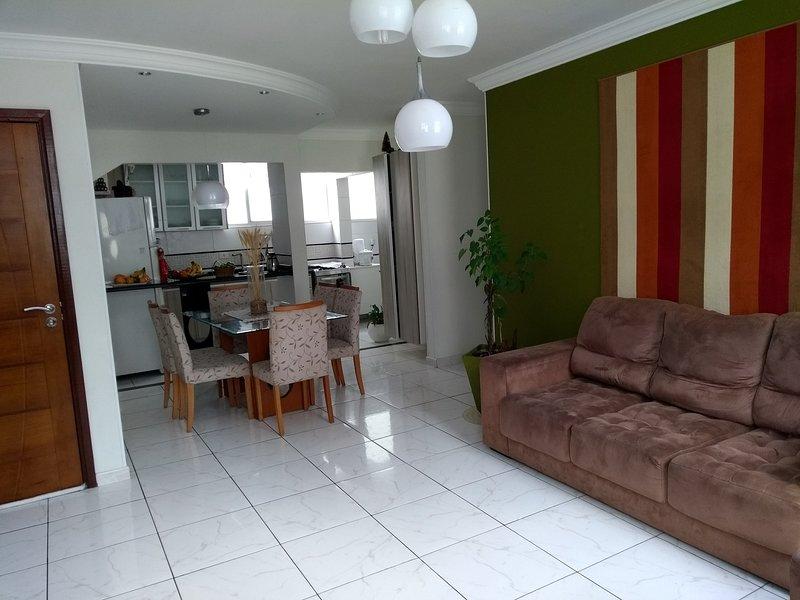 Apartamento no coração de Curitiba. Batel o melhor local., casa vacanza a Curitiba
