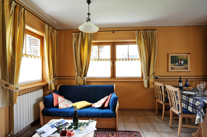 Castagno, holiday rental in Trepalle