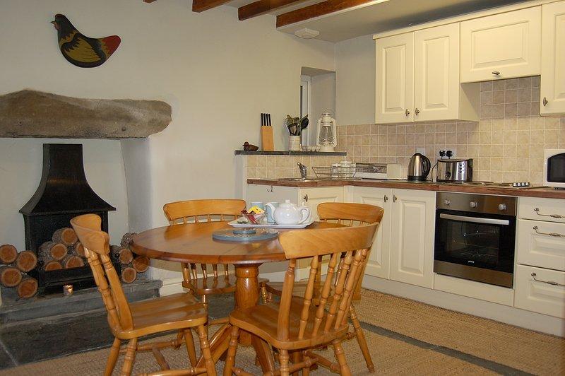 CRAIG FACH COTTAGE NO 1 in Barmouth, location de vacances à Arthog