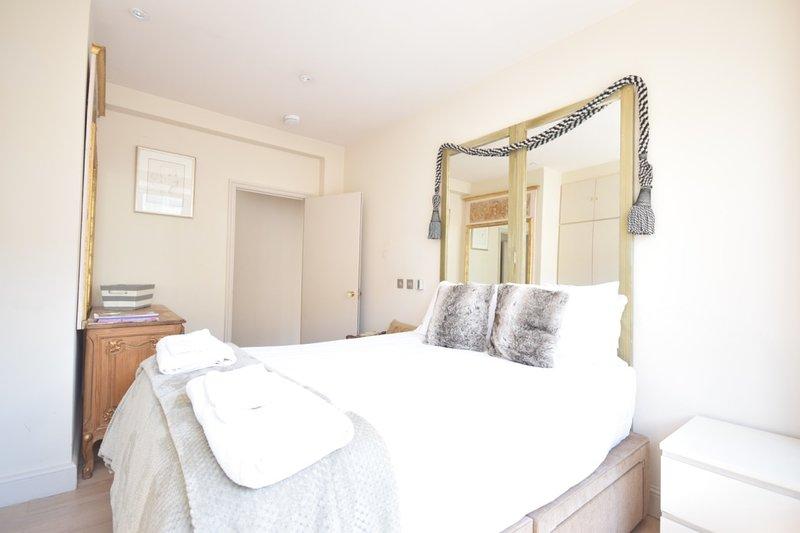 Comoda camera da letto king size