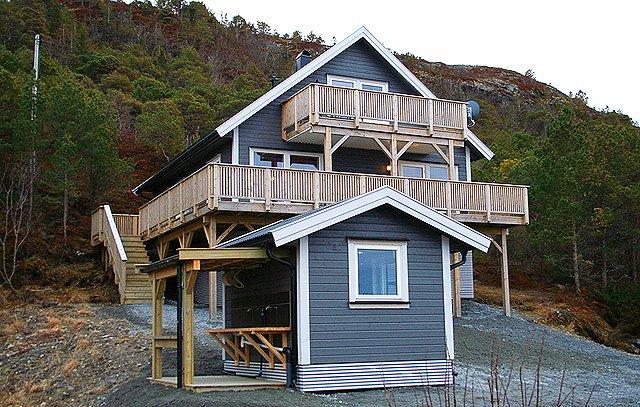Måneset - Wunderschönes Haus mit Meerblick an der norwegischen Atlantikküste, vacation rental in Gjerdinga