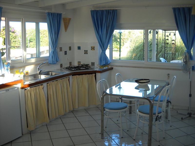 Beautiful house near the beach, holiday rental in Colonia Elena