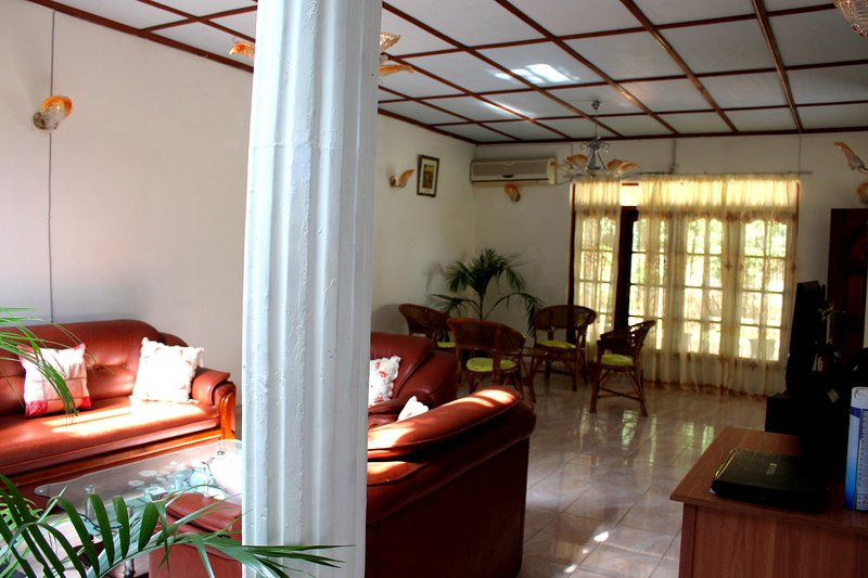Diverse and Rich Holiday Experience, vacation rental in Inamaluwa