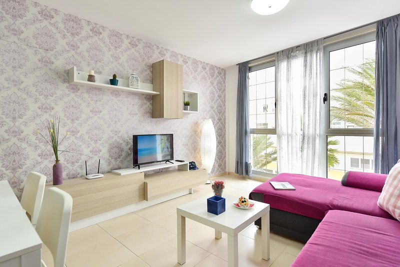 Apartment Playa de Arinaga 1B, holiday rental in Playa de Arinaga