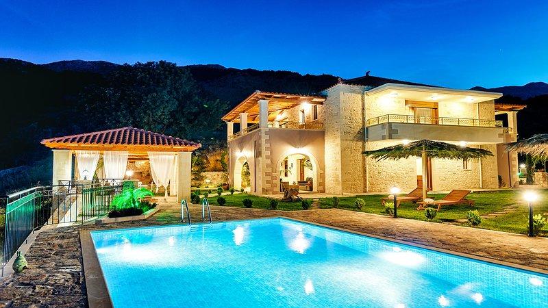 Villa Nicol Webnode:Α dream experience you 'll always love, holiday rental in Sfakia