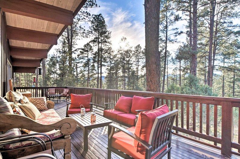 Massive 7-Acre Ruidoso Home w/ Sierra Blanca Views, vacation rental in Ruidoso Downs