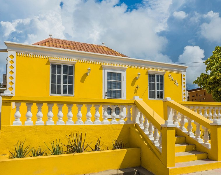Old Aloe House Aruba - A 100 year old, fully renovated vacation home, alquiler vacacional en Costa Sureste