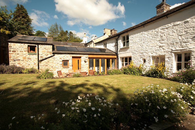 Methodist Manse cottage, holiday rental in Yorkshire Dales National Park