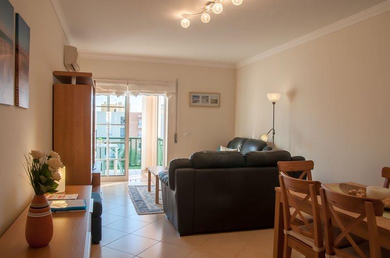 Holiday Apartment SDP 17Q, Armação de Pêra, vacation rental in Armacao de Pera