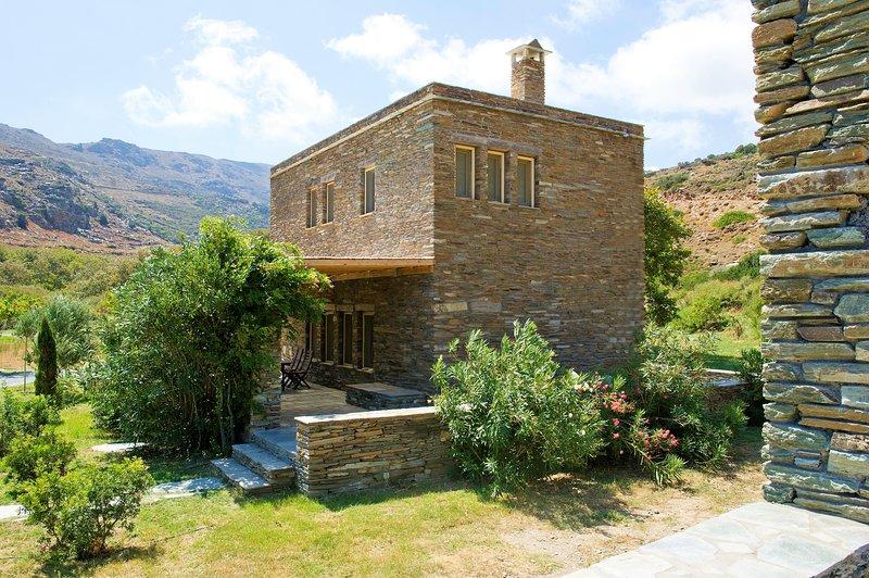 Family Villa for 5 guests, casa vacanza a Ahla Beach