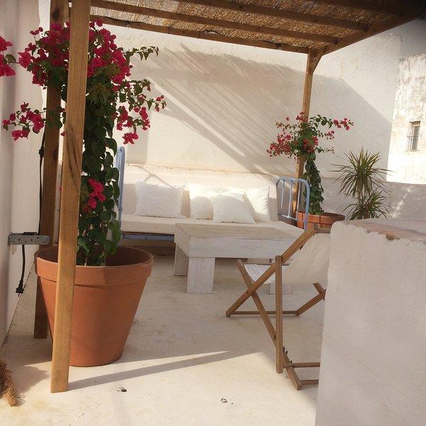 Casco antiguo para grandes grupos. 12 personas, holiday rental in Tarifa
