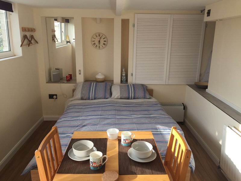 Self contained Apartment in Weymouth, location de vacances à Ringstead