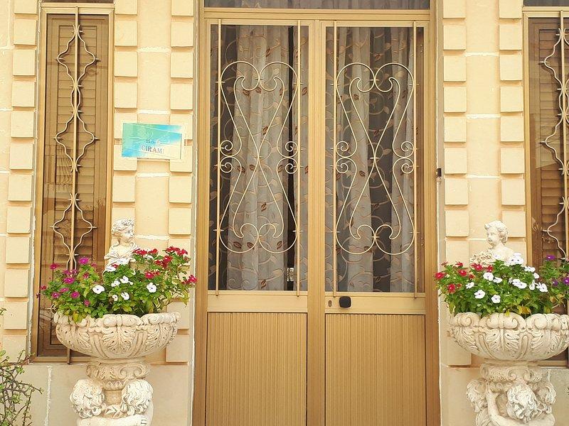 B&B Cirami Blue, holiday rental in Ghajnsielem