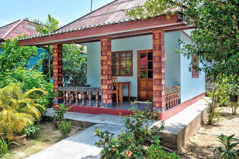 Secluded Beach Bungalow Standard A, location de vacances à Lipa Noi