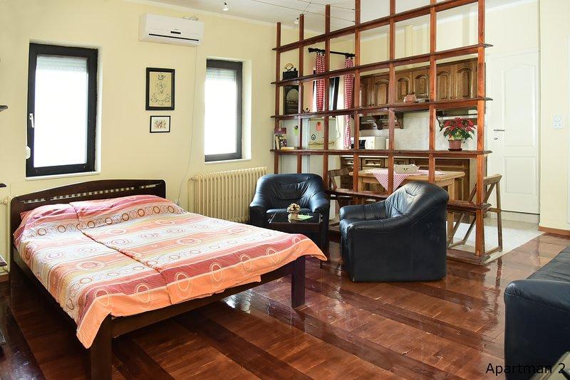 Vajda Apartman 2, vacation rental in Novi Sad