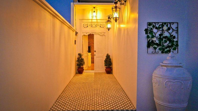 Villa Cardinale, Brand New Designer Villa in Sanur, holiday rental in Sanur Kauh