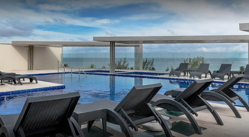 The beautiful pool area with amazing views of the ocean