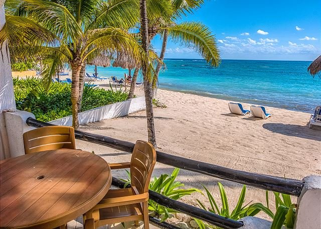 Charming condo great for families - Beachfront, Wifi, AC, vacation rental in Akumal