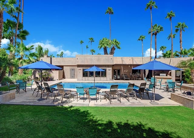 Desert Paradise Retreat Beautiful Private Resort PD109, vacation rental in Palm Desert