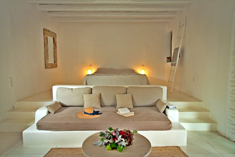 Stone House for 3 Guests, casa vacanza a Ahla Beach