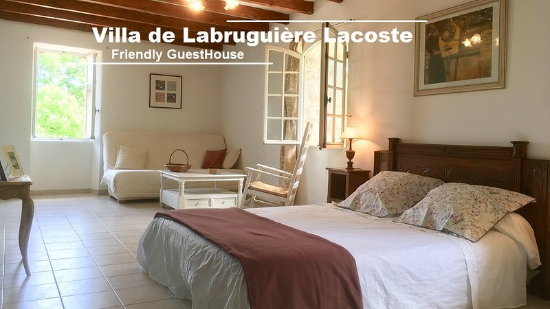 Chambre d'hôtes Garden View Room - Villa de Labruguière Lacoste, location de vacances à Canaules-et-Argentières