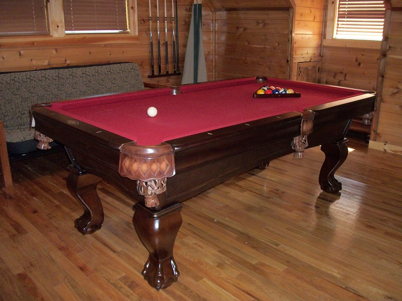 Furniture,Indoors,Pool Table,Room,Table