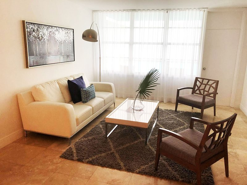 Miami Beachfront Furnished 2br Apartment Lic14m Save For Rent With Living Room