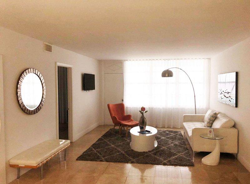 miami apartment rental living room