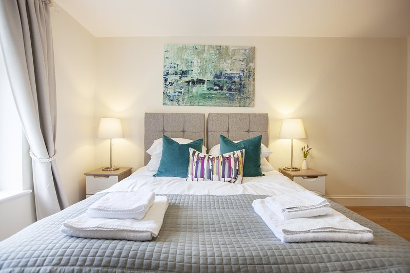 The Mary Luxury Apartment, vacation rental in Windsor and Maidenhead