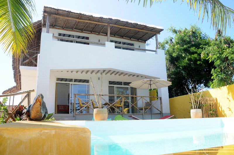 Maisha Marefu Apartments Pool, location de vacances à Zanzibar