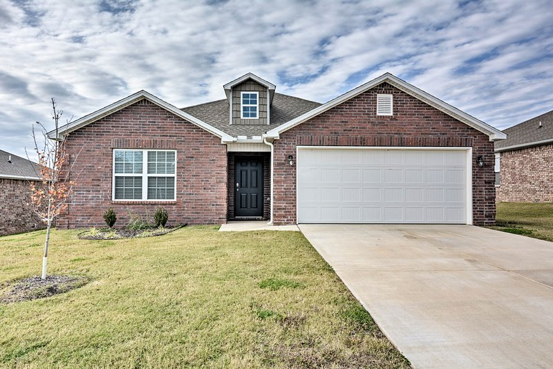 Find a home-away-from-home in Bentonville, Arkansas!
