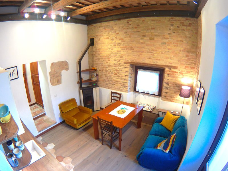 Lovely apartment 'Il pettirosso', vacation rental in Sambucheto