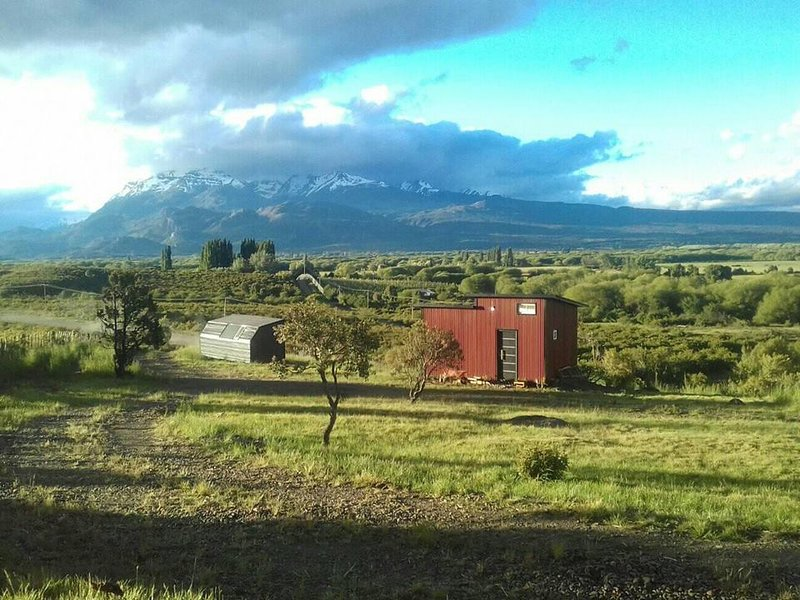 Mini cabaña y Miniloft Ladera de Nant y Fall, holiday rental in Province of Chubut