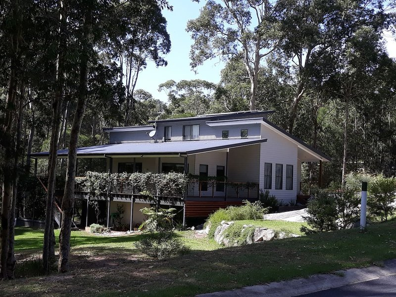 Lazy Days Bed and Breakfast - relax and unwind at Moruya Heads,NSW, holiday rental in Eurobodalla