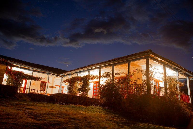 ALQUILER CASA CAMPESTRE. 'Suanoga'' - PESCA - BOYACA - COLOMBIA, holiday rental in Paipa