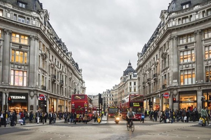 Indulge in a shopping spree on the infamous Oxford Street!