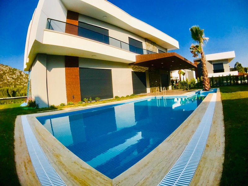 ADA Life || Luxury Villa Oasis 3 || Summer enjoyment for you and the family, holiday rental in Kusadasi